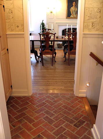 Picture elegant thin brick floor